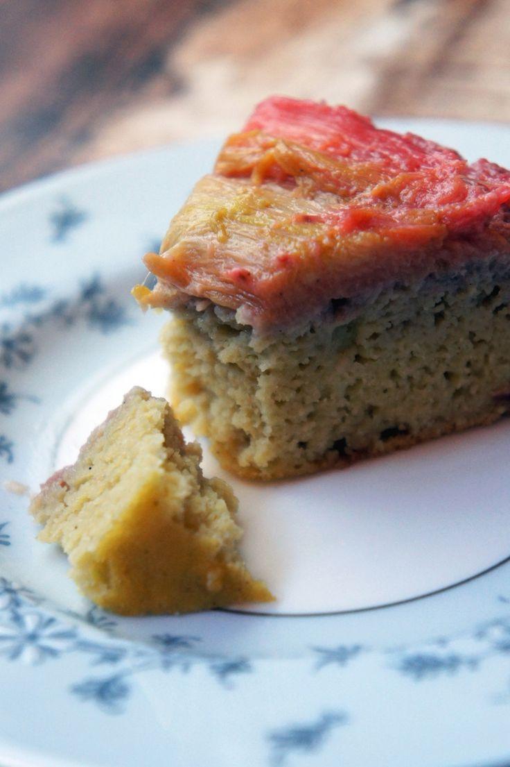 coconut flour rhubarb upside down cake (paleo and low-carb!)