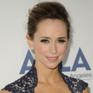 Jennifer Love Hewitt (American, Film Actress) was born on 21-02-1979.  Get more info like birth place, age, birth sign, biography, family, relation & latest news etc.