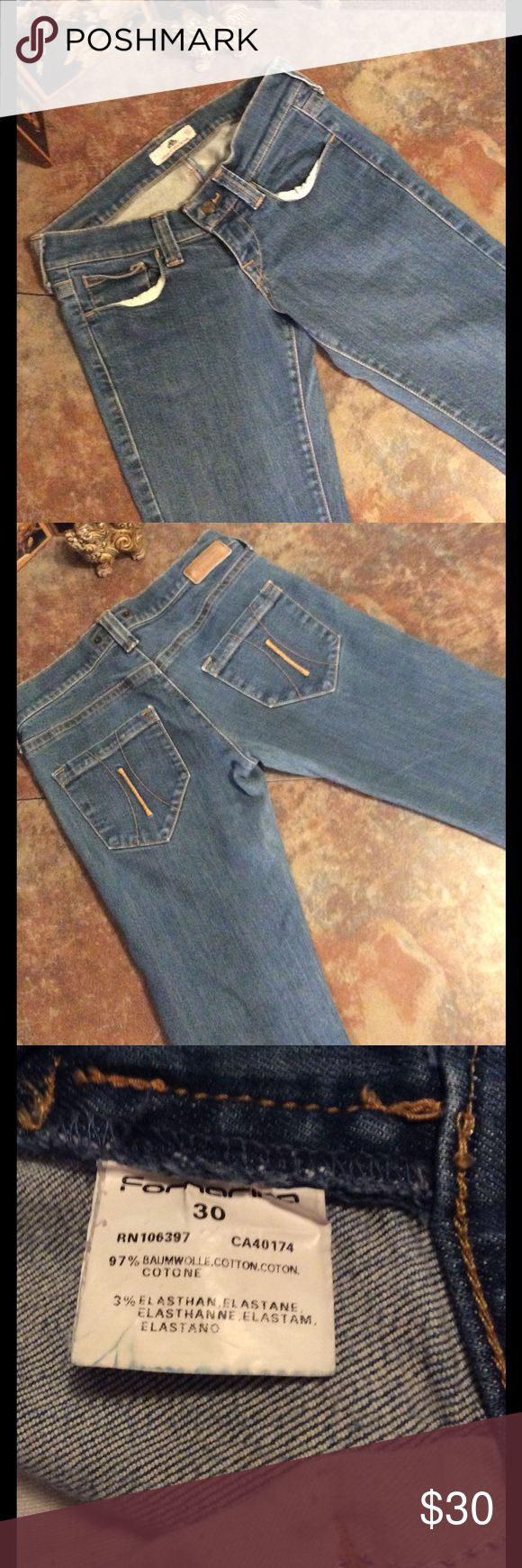 """Fornarina $15 when you bundle 3 pairs of jeans The fit on these is awesome the denim is so soft and stretchy beautiful jeans 6"""" rise 30"""" inseam Fornarina Jeans Straight Leg"""