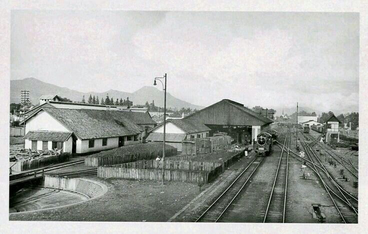 Het stasions emplacement, Bandoeng ca 1930
