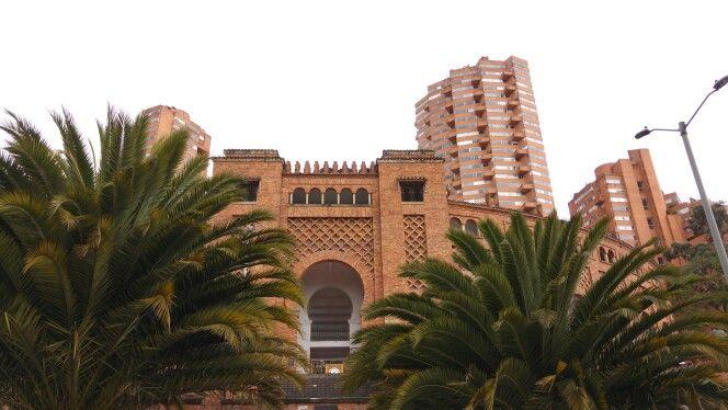 Plaza de toros. La Santamaria.