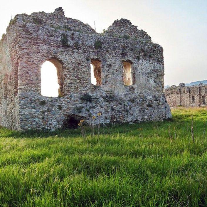 Le ceneri dell'Abbazia Benedettina di Sant'Eufemia in Calabria
