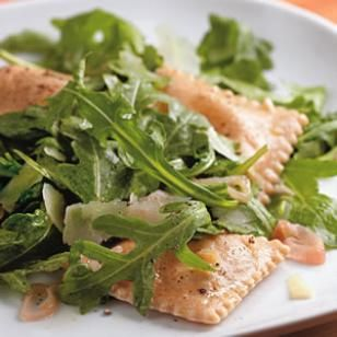 Skinny Recipes for Italian Food ...Ravioli with Arugula & Pecorino Recipe...*****4.6 Rating...Elevate frozen ravioli with sizzled garlic and shallots, shaved pecorino and fresh arugula. Serve with: Whole-grain baguette and a light-bodied red wine, such as pinot noir.
