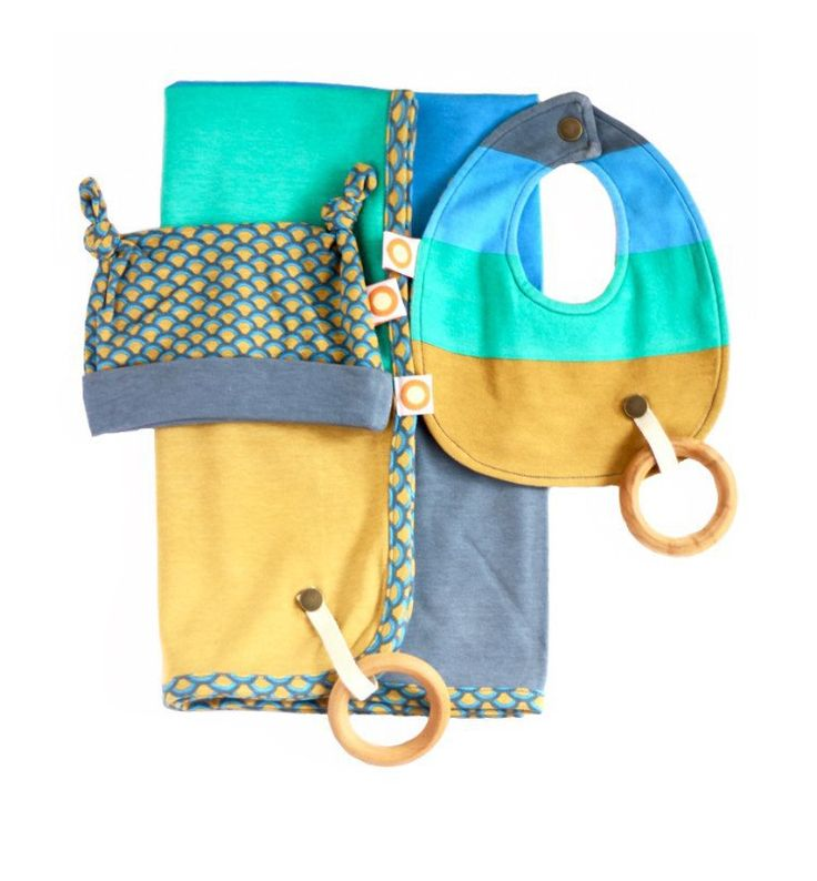 Born from a basic idea that mums cannot chase every item a baby drops. The Freckle Baby range includes bibs and blankets with leash snaps for toys and pacifiers, as well as gorgeous matching hats, clothes and giftsets.