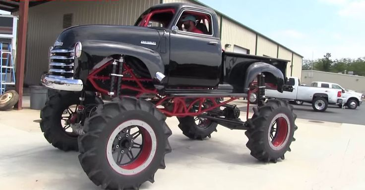 Now Thats a PickUp Truck  .mechanic-transforms-a-classic-1950-chevy-pick-up-into-an-off-road-mud-bogging-machine