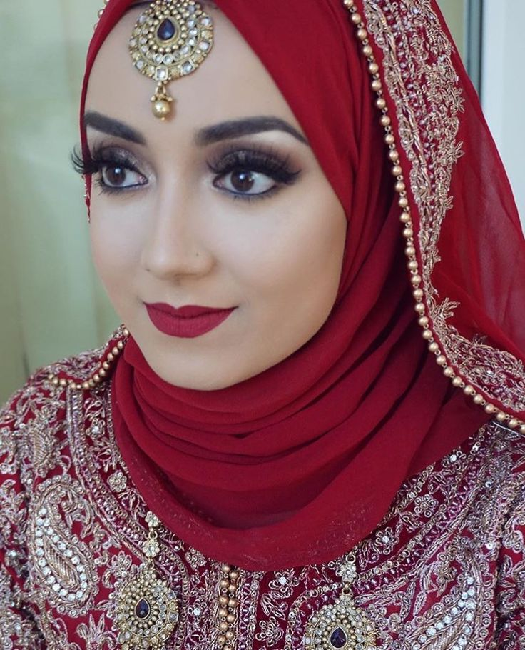 I chose this for costume and makeup because most women in the middle east wore this type of head dress and their makeup usually looked like this.