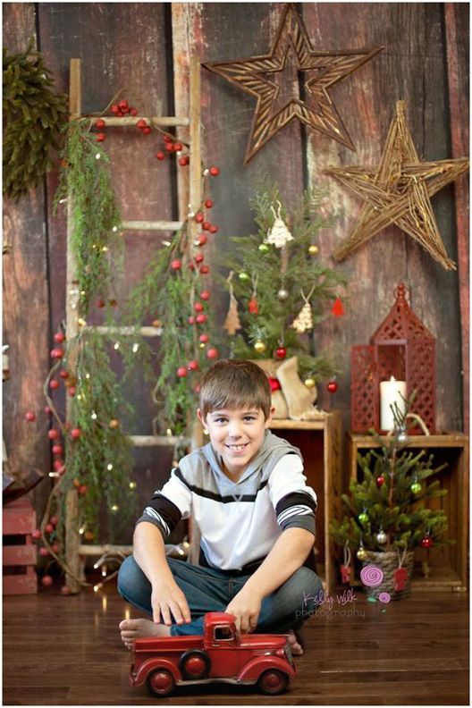 Simply Christmas ~ Love this Photography Backdrop from Baby Dream Backdrops.