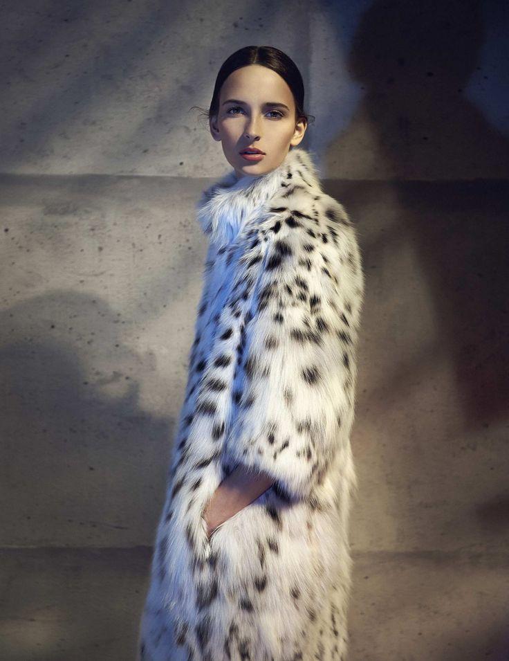 A Fendi Fall/Winter 2014-15 coat