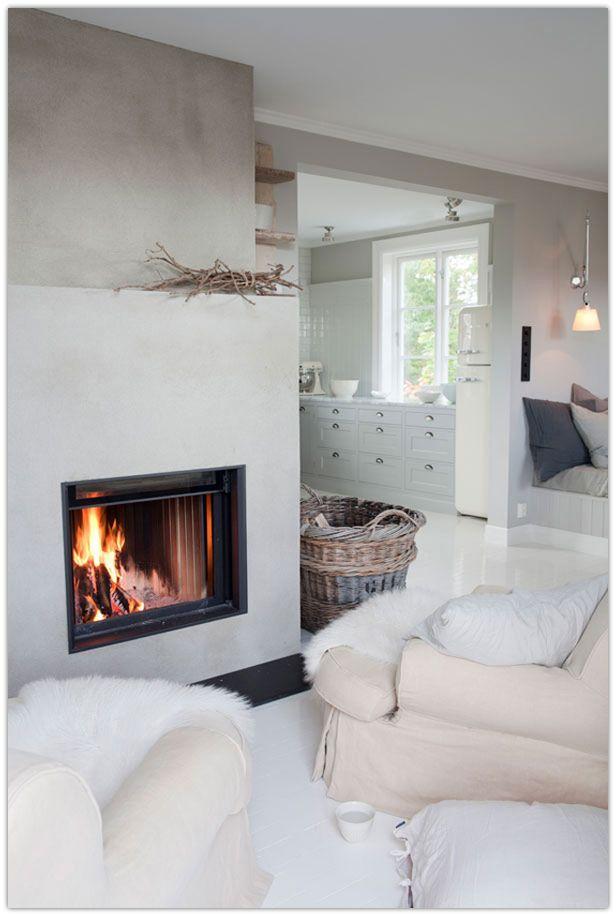 Art Symphony: A Cozy Wooden Norwegian Home