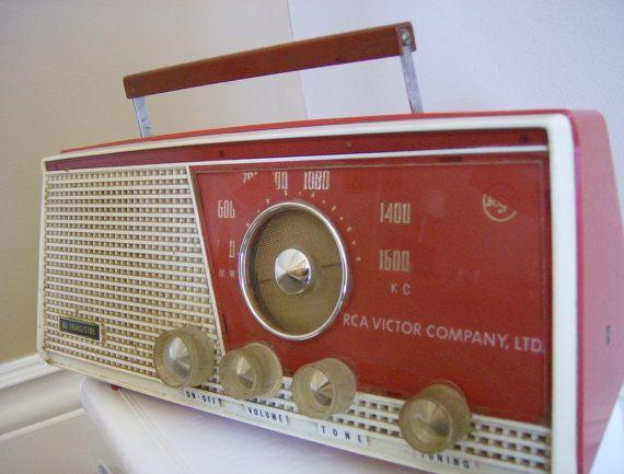 Rock'n Retro Red Transistor Radio by ReadySetVintage on Etsy, $35.00