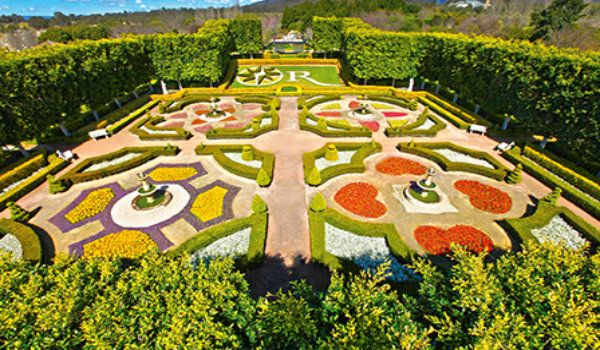Spring Festival of Flowers:-  8th annual Spring Festival of Flowers will start from the 1st to the 30th of September at Hunter Valley Gardens, #NSW. The festival features a display of over 250,000 plants. The entry tickets can be purchased from the gate.  #springfestival #huntervalleygardens #Australia