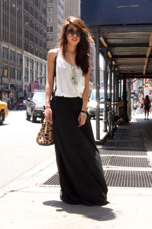 love this. i may have to live in maxi skirts this summer.
