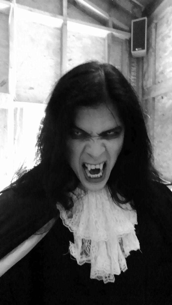 Draculaas Played By Wayne W Johnson In
