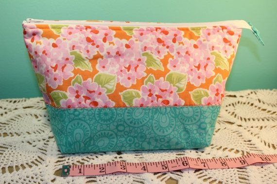 Flat Bottom Bag  Lined  Padded  Floral by KRaeDesign on Etsy