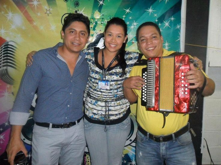 #Entrevistas #Seguidores  #SeVieneloNuevo  #Vallenato  #RobertoCarlos  #robertocarloscujia  ______________________________________________ #colombia #vallenato #graciasmigente #music #genre #songs #melody #llenototal #instapictures #instagood #beat #beats #jam #myjam #party #partymusic #newsong #lovethissong #remix #favoritesong  #photooftheday #bumpin  #goodmusic #instamusic