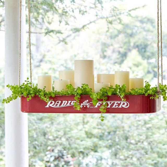 We have 4 graduation parties to attend today but I'm going to squeeze in a little treasure hunting as well ...going to look for an old version of this wagon and copy @countrylivingmag awesome idea for my screened porch!  HAPPY SATURDAY FRIENDS!!! ❤️❤️❤️#popsofredlove