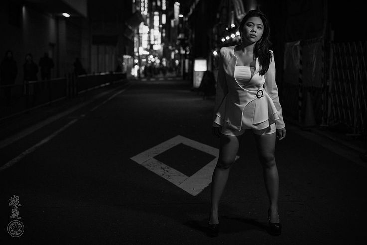 https://flic.kr/p/T3igTA   Nippon Noir   Under cover of Darkness! The elegant and sultry Zuleika shining brightly in Tokyo