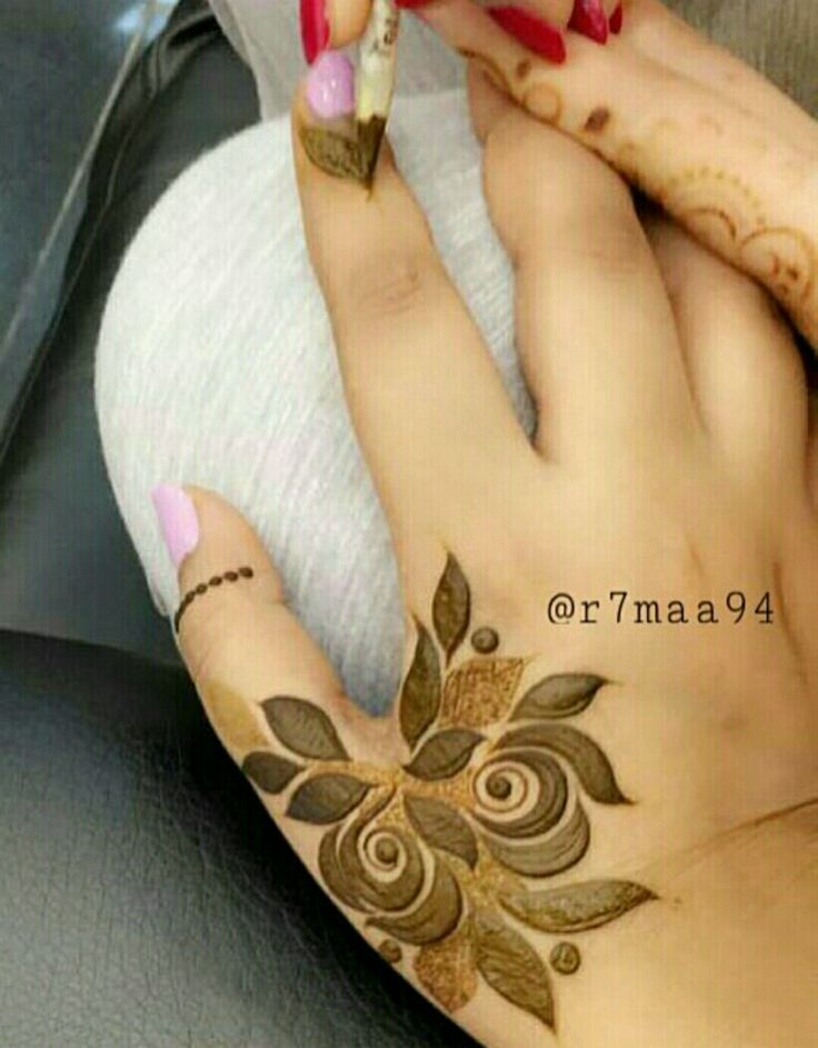 651 best henna designs images on Pinterest Henna art Mehendi