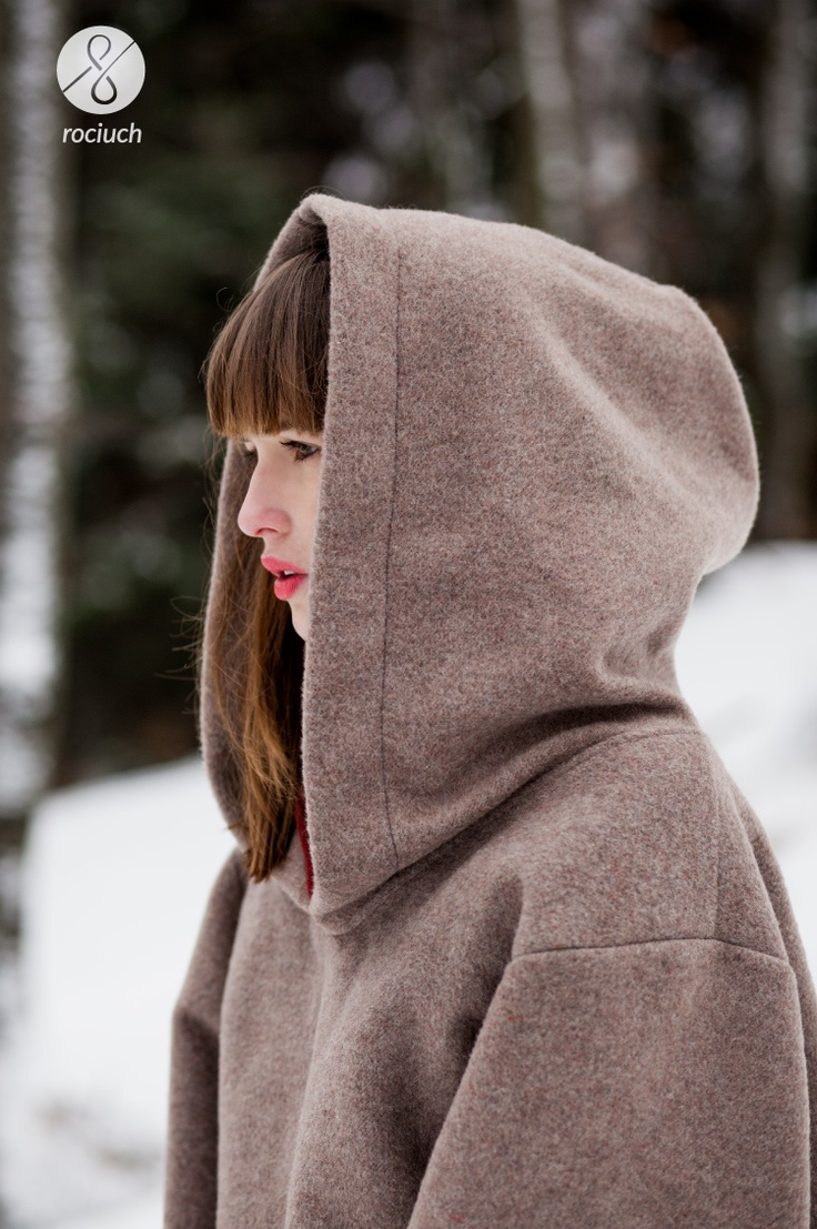 feeling cold? rociuch wool hoodies are really warm! #rociuch #wool #hoodie