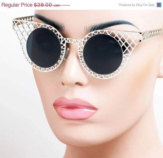 HELLO AUTUMN VTG Womens Cage Framed Sunglasses