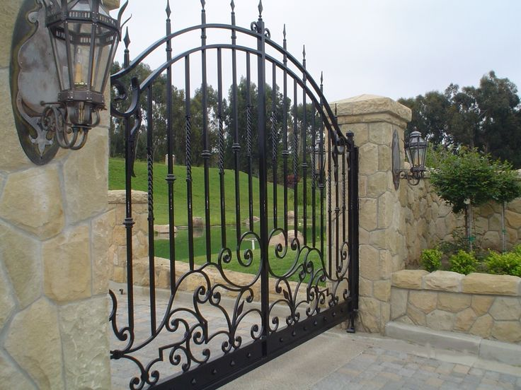 Iron Gate - something similar to this at the front of Hopetown Valley High. ..rh