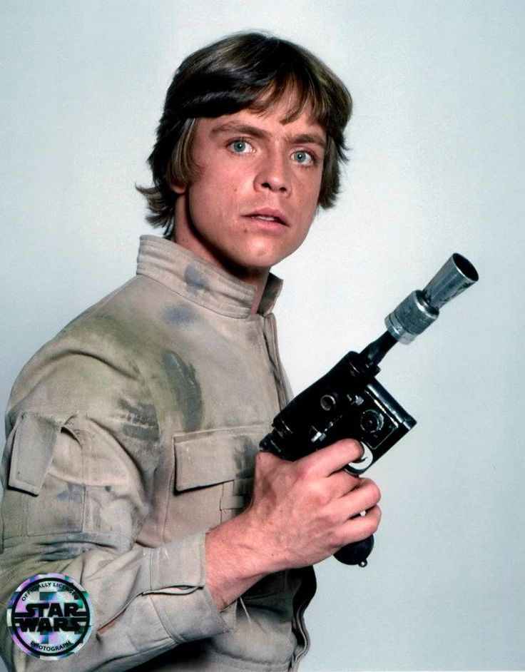 Star Wars Luke Skywalker - Mark Hamill                            http://buyactionfiguresnow.com
