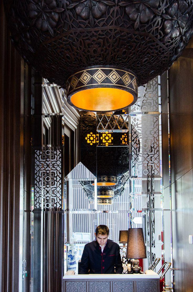 Hotel mira moona w hongkongu