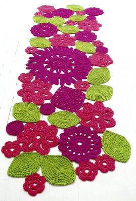 crochet rug? This looks fun. Maybe a great seasonal table runner with some adjustments.