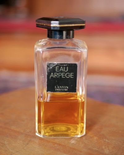 "loved the smell of this ""back in the day"". Vintage Lanvin Eau Arpege Perfume 3.3oz 100ml 40% Full Art Deco Bakelite Stopper"