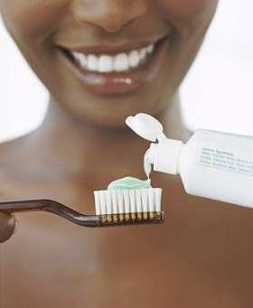 Σπιτική οδοντόκρεμα, χωρίς τα δηλητήρια του εμπορίου!!