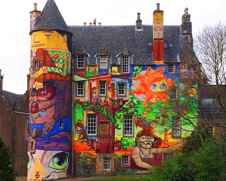 """Kelburn Castle: il castello a colori – The colored castle"""" da IL RAMO D'ORO """"Kelburn Castle: il castello a colori – The colored castle"""" https://ilramodoro-katyasanna.blogspot.it/2015/01/kelburn-castle-il-castello-colori.html"""