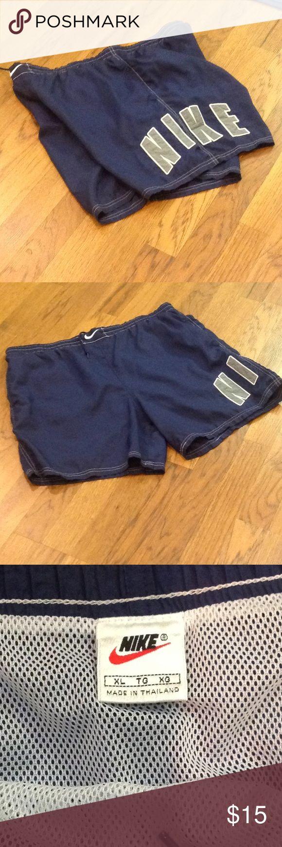 MENS NIKE SWIM SHORTS. NAVY BLUE MENS NIKE SWIM PANTS IN GREAT WORN CONDITION.🏊🏻 Nike Shorts
