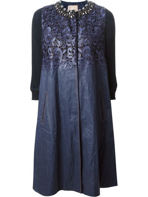 Купить Antonio Marras lace panel embellished denim coat в Etre - Vestire from the world's best independent boutiques at farfetch.com. Over 1000 designers from 300 boutiques in one website.