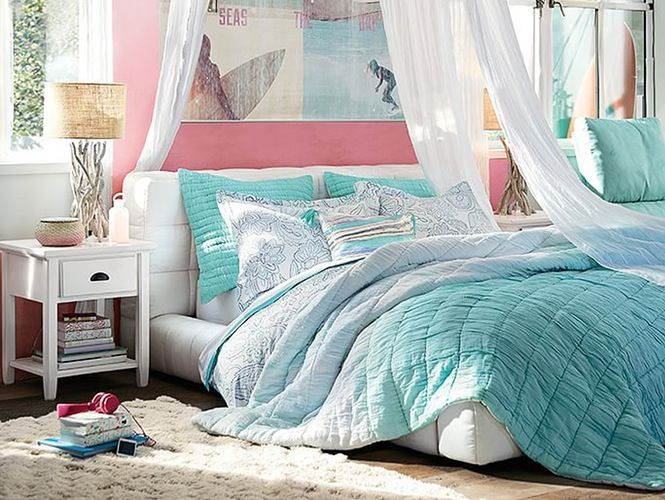 Best 25 teen beach room ideas on pinterest teal beach for Beach themed rooms for girls