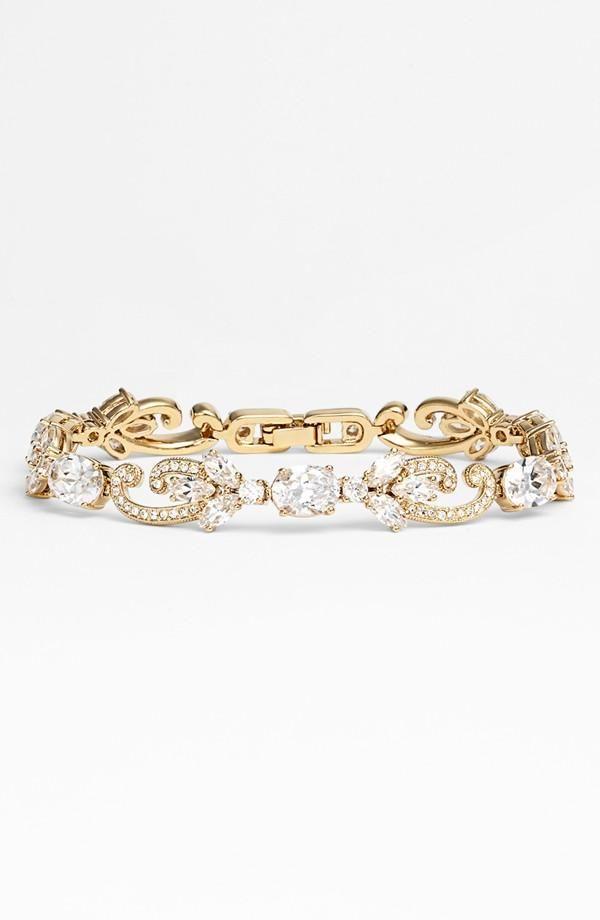 Love this sparkly crystal bracelet!