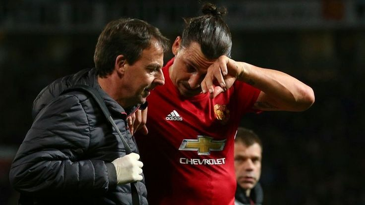 Zlatan Ibrahimovic has 'significant knee ligament damage,' Manchester United confirm