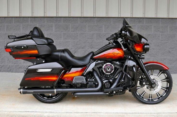 Harley Davidson Street Glide or Ultra