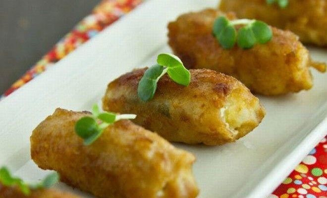 Japonské rolky z vepřového masa s bramborovým salátem