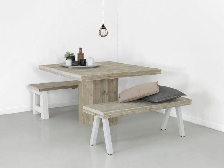 steigerhouten vierkante tafel trier sfeerfoto