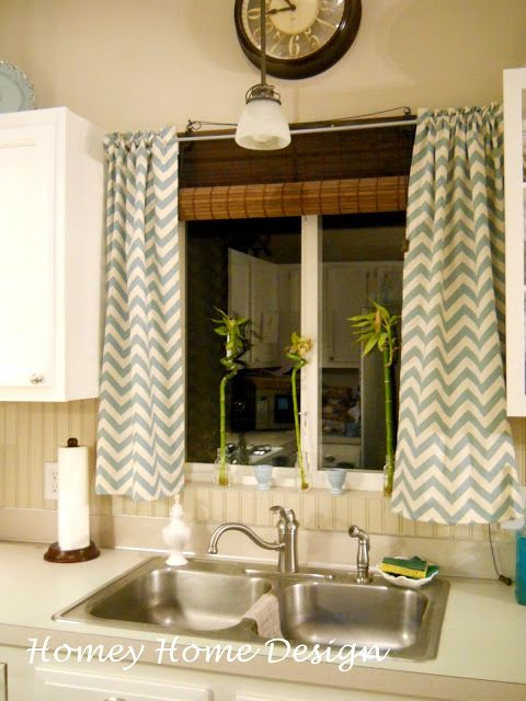 Homey Home Design: Simple Chevron Curtains with fabric from Hobby Lobby!