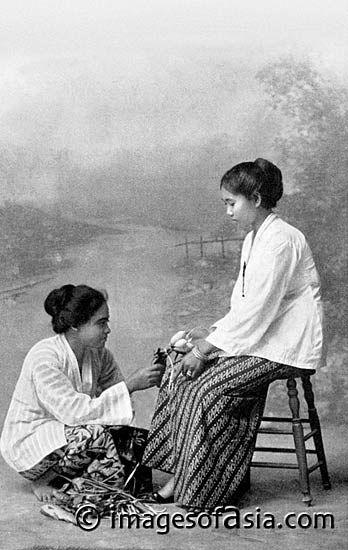 Greetings from Priangan [Original Dutch -- Groet uit de Preanger] (Indonesia) 1910
