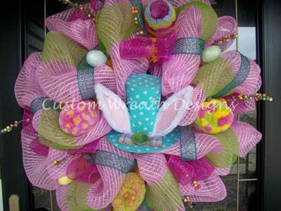 Easter Wreath created by Karen Harrison - Custom Wreath Designs by lilmaddy - Etsy Shop: Dots Hats, Neat Idea, Polka Dots, Bunnies Polka, Wreaths Design, Easter Bunnies, Custom Wreaths, Easter Wreaths, Hats Wreaths