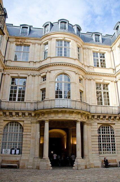 baroque curves h tel de beauvais 68 rue fran ois miron paris iv 1654 1660 arch antoine. Black Bedroom Furniture Sets. Home Design Ideas