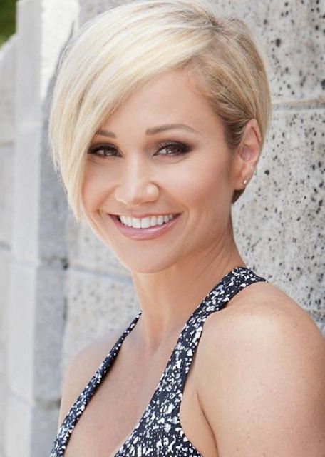 Top 22 Celebrities Short Hairstyles for Older Woman in ...