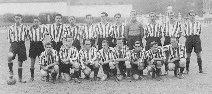 Foto que muestra al Athletic y Bilbao Athletic en 1939. El equipo estaba en plena renovación y se pueden ver a Gainza, Panizo, Bertol con históricos como Gorostiza y Unamuno