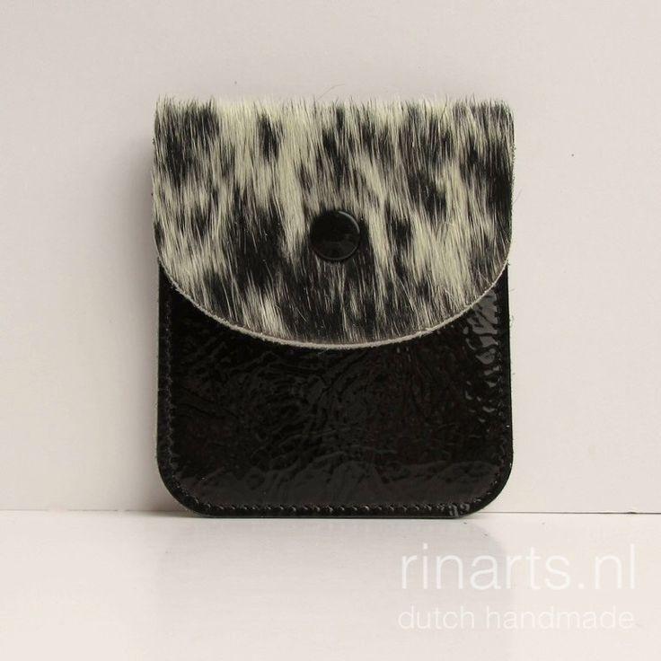 Een persoonlijke favoriet uit mijn Etsy shop https://www.etsy.com/nl/listing/478304920/lederen-portemonnee-card-houder-slim