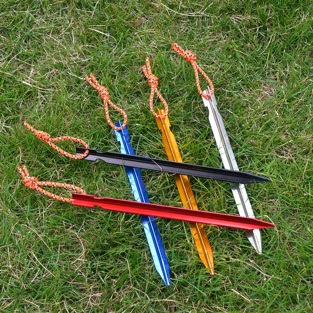 5pcs//lot Tent Pegs 18cm Aluminum Tent Stake with Rope Camping Tent Supplies New