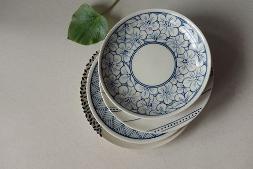 #BatTrang #plate #floral #Authentique #Home - The #colour between #ocean #blue and #indigo. All our #ceramics #patterns are #handpainted.