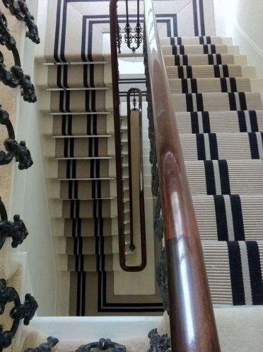 Best Carpet Runners For Stairways In 2020 Stair Runner Carpet 400 x 300