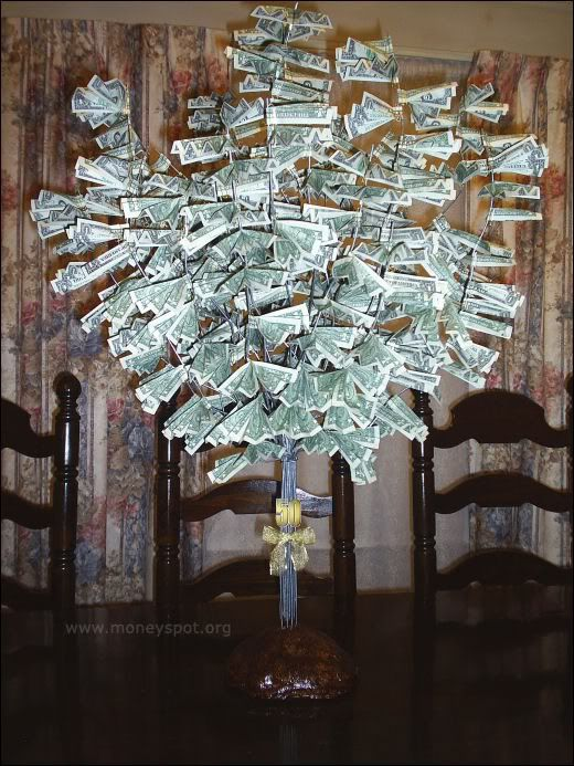 Wedding gifts...How much is too much? :  wedding money tree tacky wedding gifts Money Tree For Wedding I11